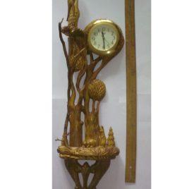 Часы с аистами