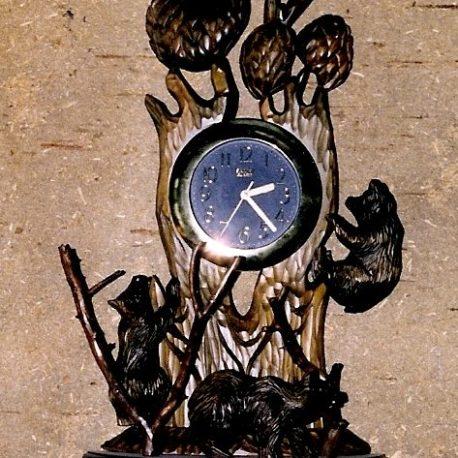 Часы с совой и мишками
